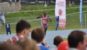 Kenijczyk Kemboi Henry na Półmaratonie Radomskiego Czerwca